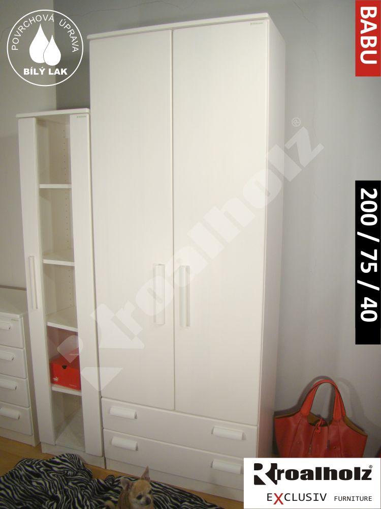 Bílá policová skříň z masivu BABU 200, vysoká bílá skříň masiv ROALHOLZ