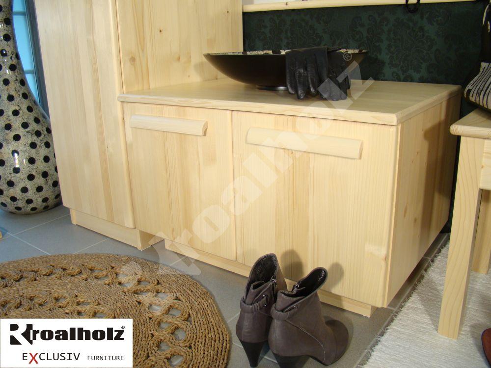 dřevěný botník z masivu NIKO do předsíně (botník do předsíně masiv NIKO)
