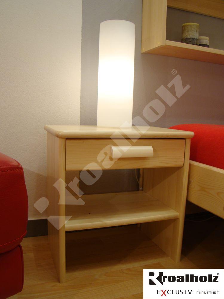 Moderní noční stolek z masivu MARKUS, moderní noční stolek do ložnice ROALHOLZ